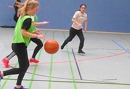 unterrichtsmaterialien sport - Kinderturnen Gerateaufbau Beispiele